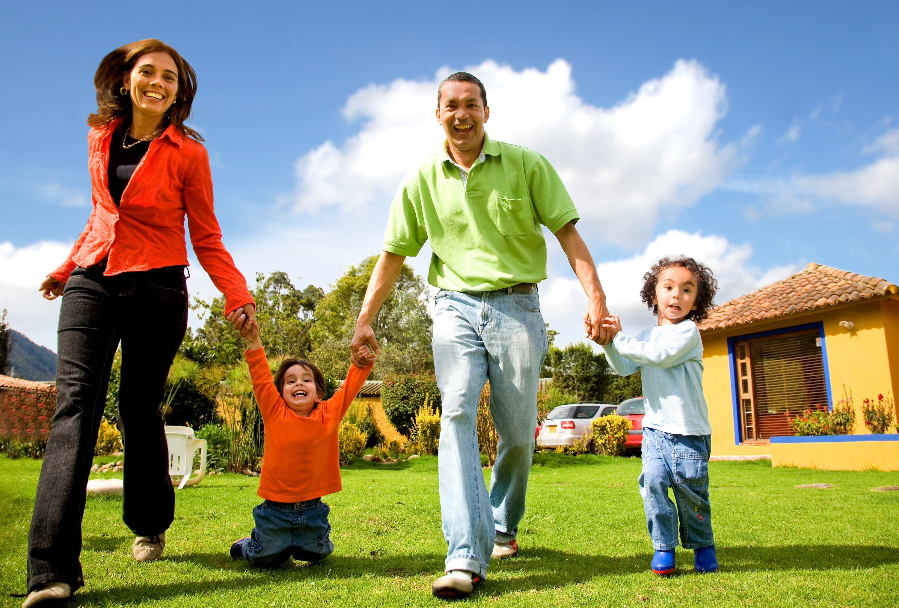 Five ways to diffuse a family argument on holiday for Family in house